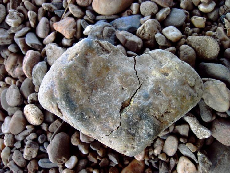 broken-heart-1489818_960_720